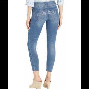 Bebe Jeans heartbreaker ankle skinny NWT bling 30